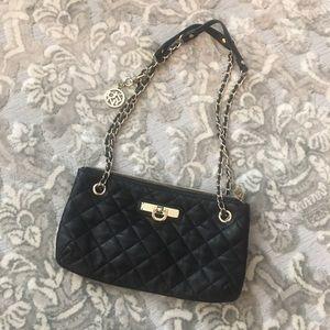 DKNY quilted mini shoulder bag ✨🖤